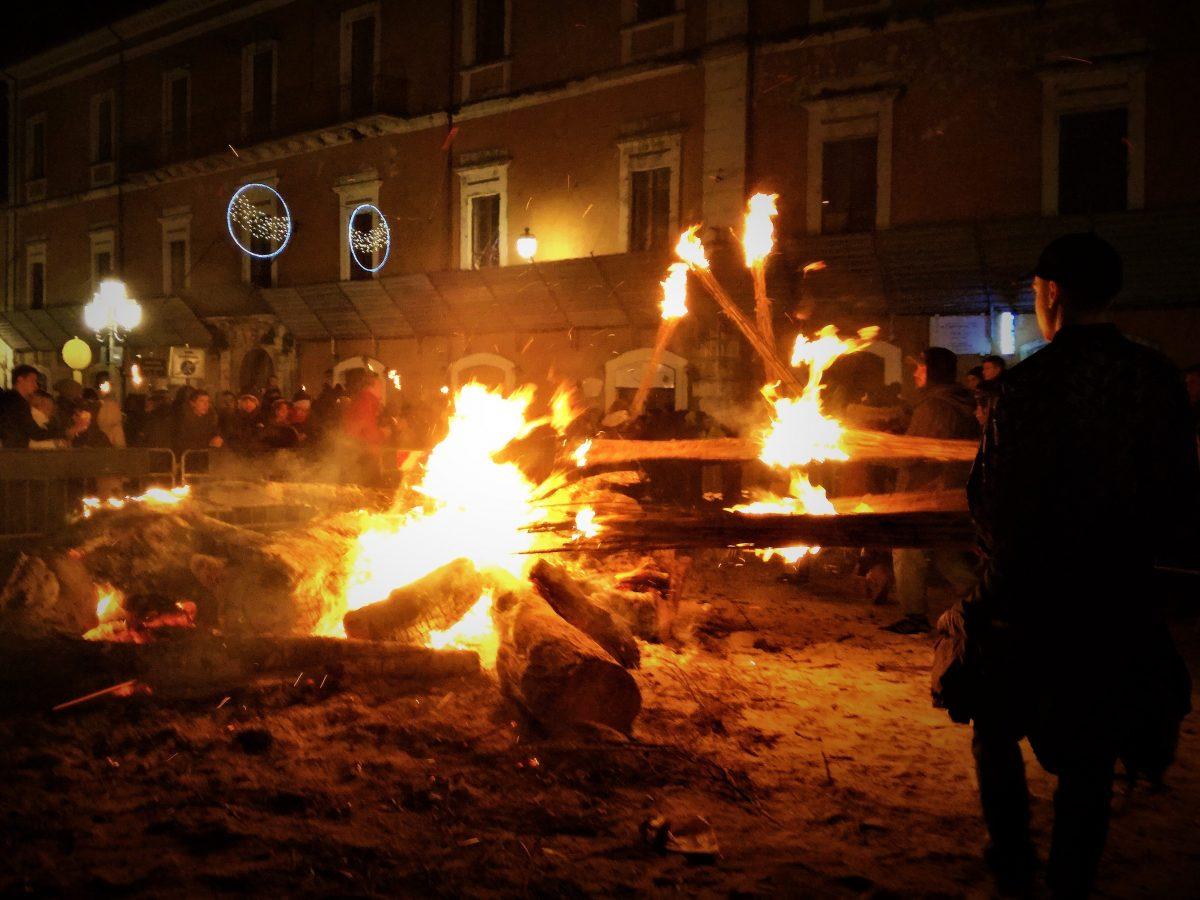La Notte dei Faugni: ad Atri si accende la tradizione