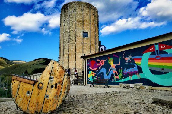 Aielli, il borgo dei murales