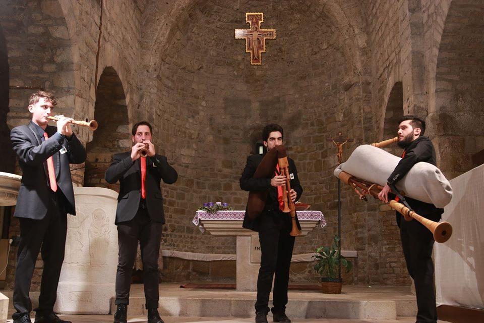 Quartetto Petra, zampognari col papillon